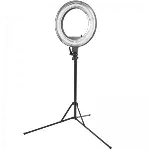 Žiedinė makiažo lempa 18